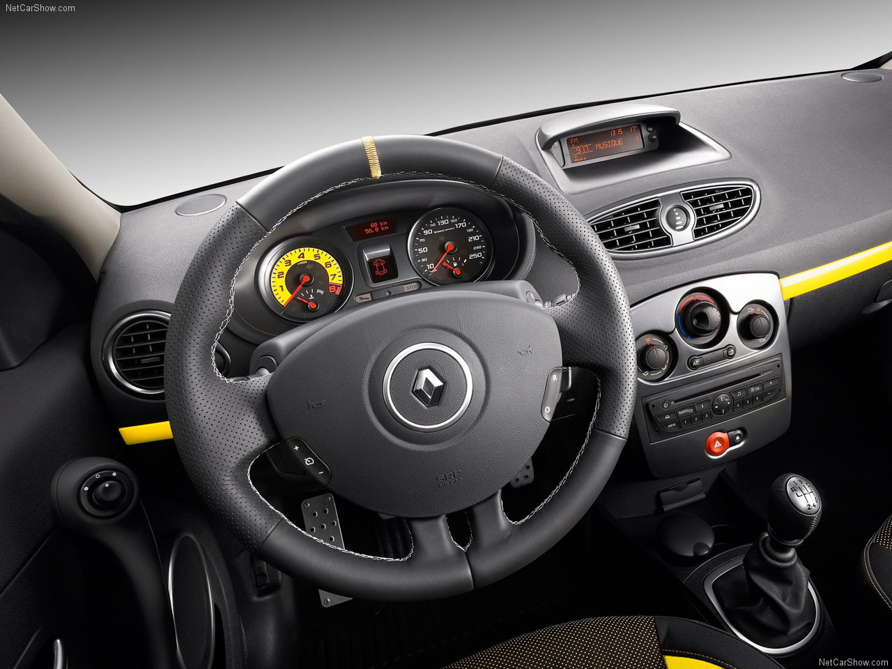 Renault Clio RS: 1 фото