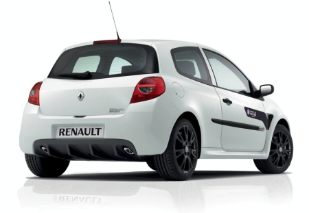 Renault Clio RS: 9 фото