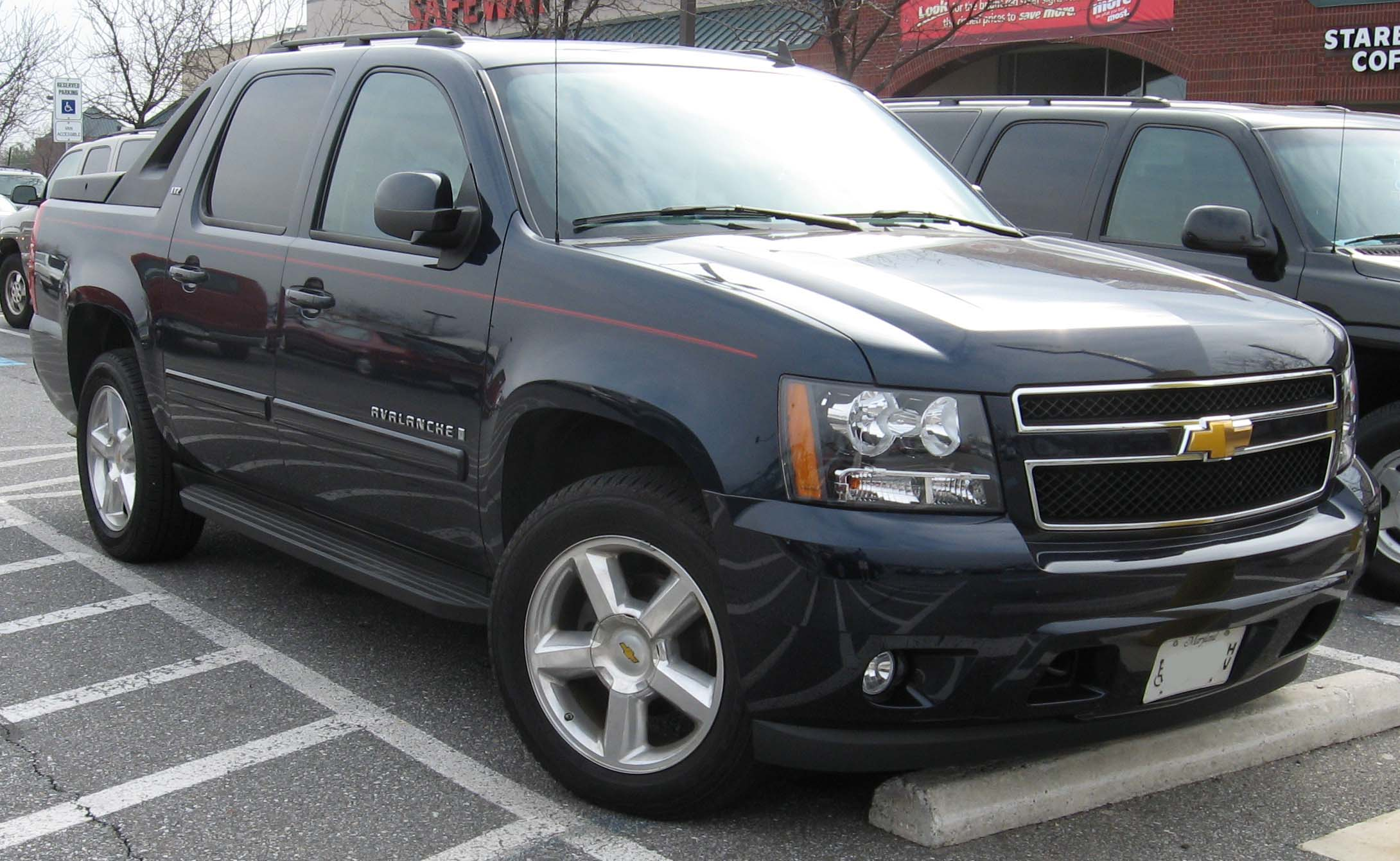 Chevrolet Avalanche: 01 фото