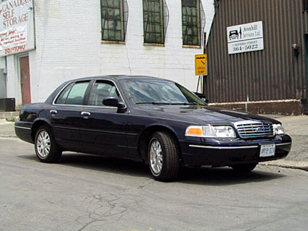 Ford Crown Victoria: 04 фото