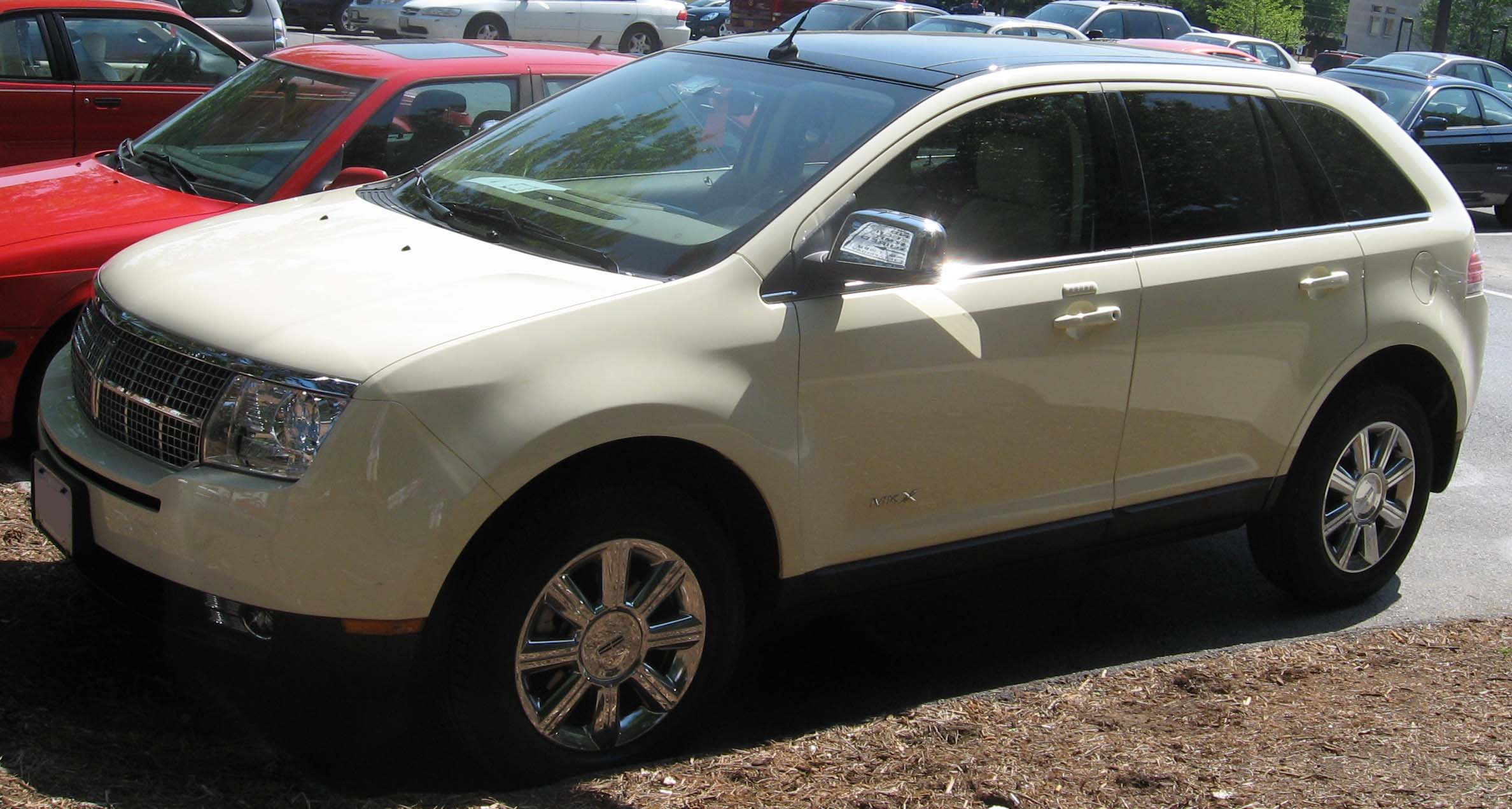Lincoln MKX: 12 фото