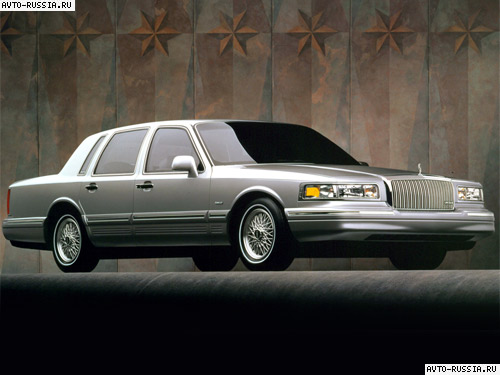 Lincoln Town Car II: 10 фото