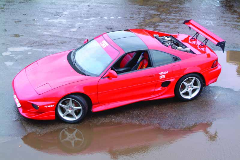 Toyota MR 2: 11 фото